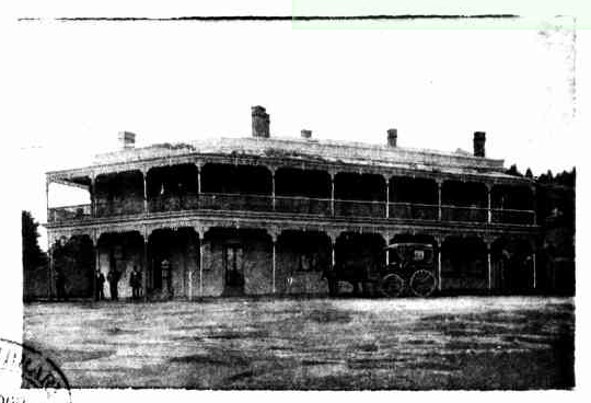 Raglan hotel victoria 1900 time gents for Crown motor inn gun hill